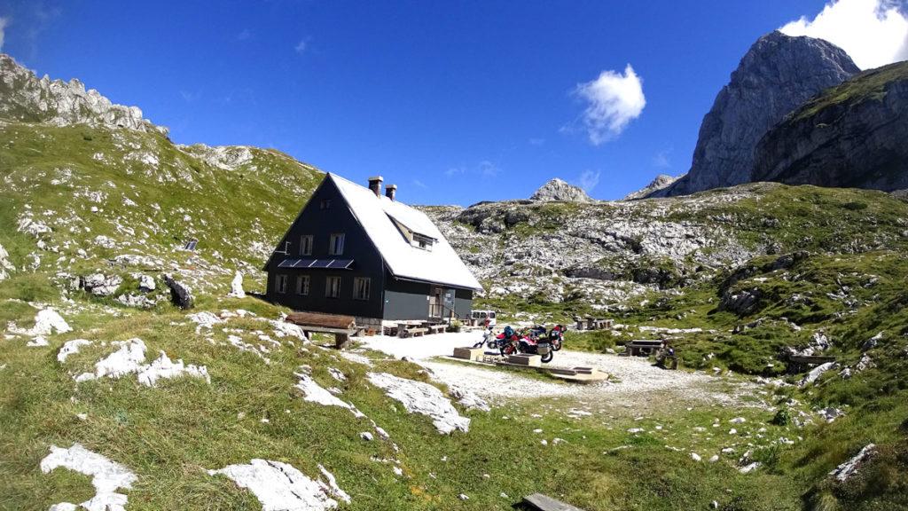 Mangartstrasse Berghütte
